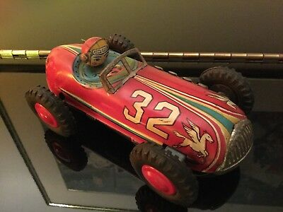 Vintage Tin friction car made in Japan by Modern Toys 1950'