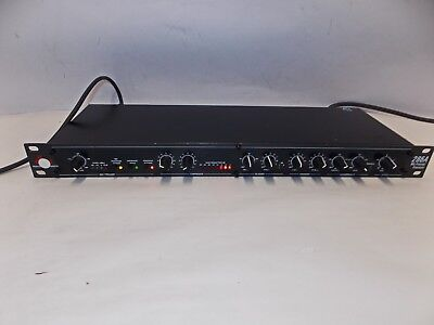 dbx 286A Professional Audio Mic Preamp  Processor                            jh