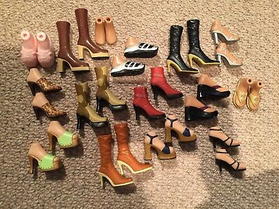 Lot 1 Bratz Doll Job Lot Shoes, Boots and Bags - 15 pairs of shoes & 10 bags