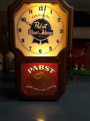 Vintage PABST BLUE RIBBON BEER LIGHTED WALL CLOCK / SIGN -Man Cave (Pendulum)