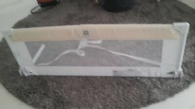 Safety bed guard, kids bed rail. Fold down bed rail