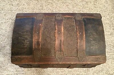Small Antique Dome Top Steamer Trunk