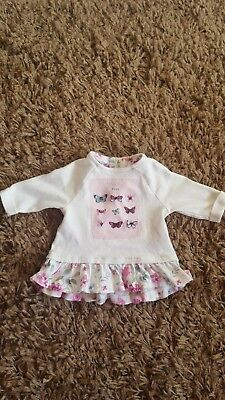 cute baby girls butterfly top 1 month.