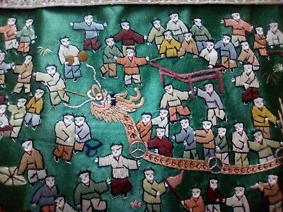 Chinese vintage green silk embroidery celebration golden dragon
