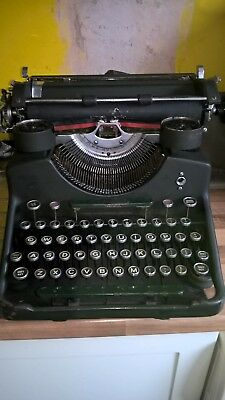Vintage Typewriter. Good Condition with Spares.