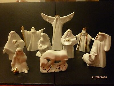 Wade Large Nativity Figures X 9 Special Offer Price