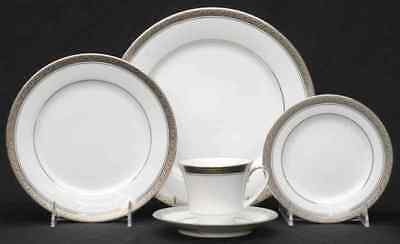NEW but SMALL SCRATCHES Noritake CRESTWOOD PLATINUM 5 Piece Place Setting