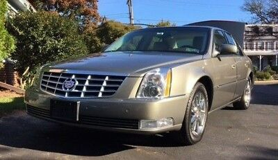 2011 Cadillac DTS  2011 Cadillac DTS Luxury Collection - Tuscan Bronze