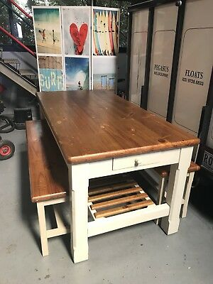 Early Settler French Provincial Dining Table