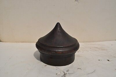 "V.R. 5"" cast iron pole fenial"