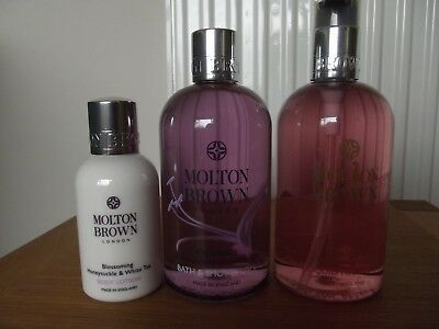 Molton Brown Rhubarb & Rose / Blossoming Honeysuckle & White Tea Collection.