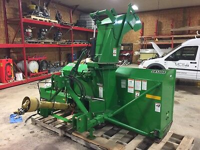 Frontier SB1308 Snow Blower for John Deere Tractor ONLY 16 Hours on it