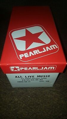Pearl jam 2009 world tour complete set (inc Philly boxset) extremely rare