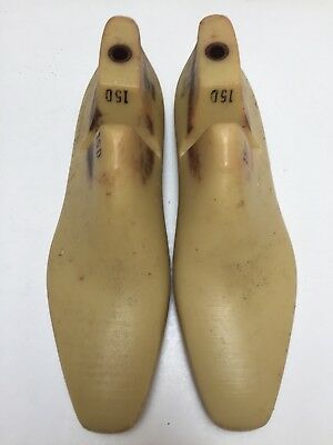 VINTAGE PAIR OF SIZE 15 D SHOE LASTS FROM JONES /& VINING OF MOLDED PLASTIC