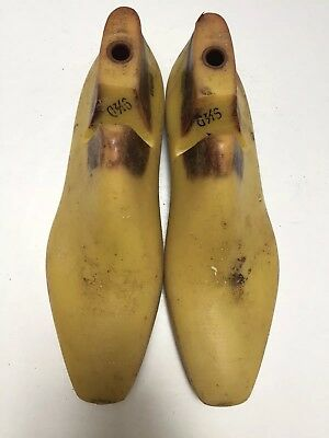 Vintage Pair Of Size 9.5 D Shoe Lasts From Jones & Vining Of Molded Plastic
