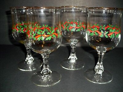 Set of 4 Arby's Holly & Berries stemmed goblets Libbey glasses 10 oz Christmas