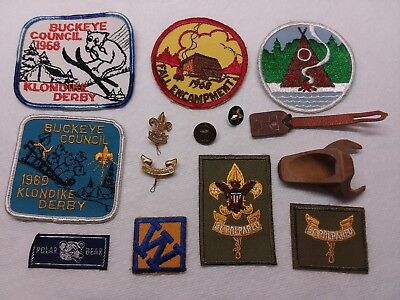 Mixed Lot of 13 BOY SCOUTS OF AMERICA vintage patches/badges/pins 1960's