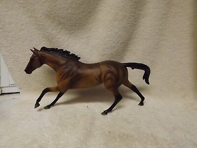 Breyer  QVC Seabiscut Cigar in bay. SO PRETTY! gorgeous shading!