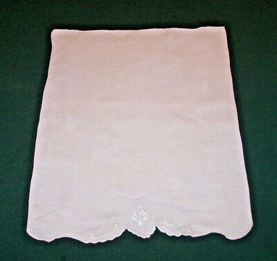 SUPER VINTAGE LINEN WHITEWORK HAND TOWEL, LOVELY EMBROIDERY, c1930