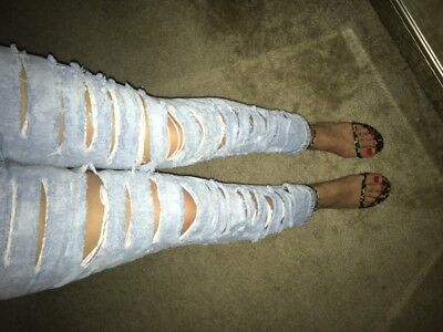 VTG Levis USA Womens 551 Distressed Mom Jeans 34x29 Relaxed Tapered Shredded 14