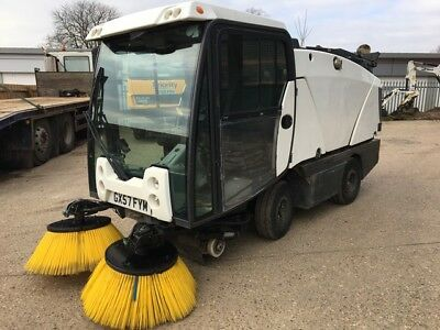 2007 57 Plate Johnston Cx200 Compact Road Sweeper