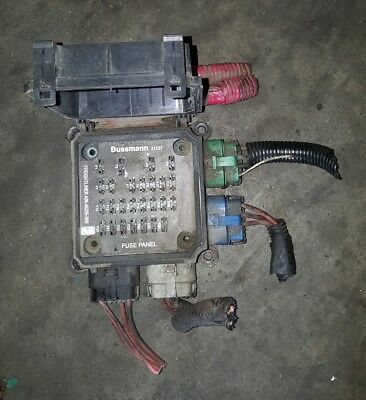 Freightliner BUSSMANN 31137 Fuse Panel A06 46255 000 2007 freightliner business class m2 106 fuse panel a06 46255 000