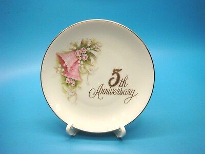 "ENESCO 5th Wedding Anniversary 4.5"" ceramic plate Pink Bells & Doves 120421"