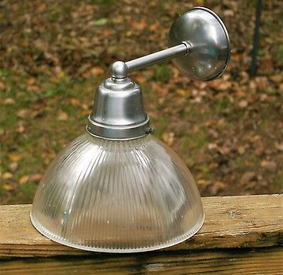 Vintage DECO MID CENTURY CHROME GLASS SCONCE Over Sink Light Fixture Wall