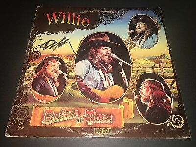 Willie Nelson SIGNED Before His Time LP Album Vinyl The Highwaymen PROOF