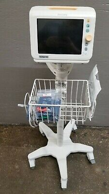 Philips SureSigns VS3 Patient Monitor NiBP SpO2 Rolling Stand