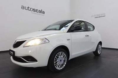 LANCIA Ypsilon New 1.2 69 CV 5 porte Gold