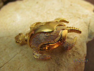Vintage  60's Gold Tone Textured Crown Trifari Signed TURTLE Pin Brooch