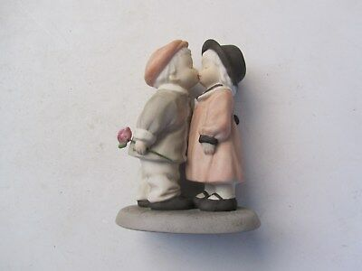 ENESCO KIM ANDERSON Porcelain Figurine Collectible Love Sealed With A Kiss 1997