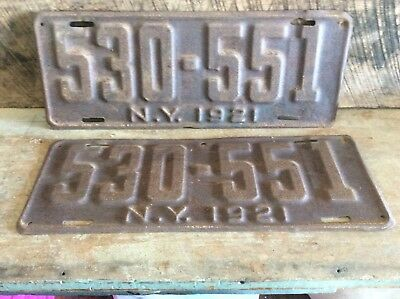 Antique Pair Of Matching NY License Plates, Rustic Non Refurbished 1921 530-551