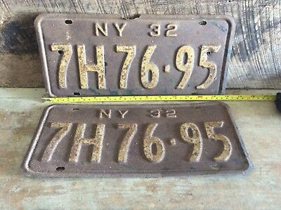 Antique Pair Of Matching NY License Plates, Rustic Non Refurbished 1932 7H 76-95