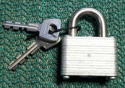Vintage Master #22 Padlock With 2 Keys Very Good Condition