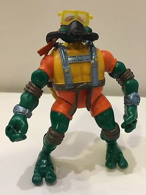 2004 Teenage Mutant Ninja Turtles Deep Divin' Michelangelo Action Figure