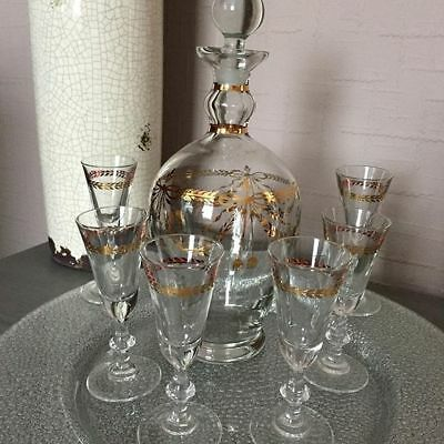 Vintage Liquor Decanter with Stopper Top + 6 Matching Glasses Luminac