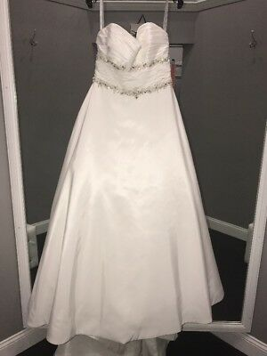 MOONLIGHT BRIDAL #8075 Sample Wedding Gown Size 10 Ivory - $499.00 ...