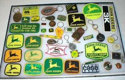 Collection Vintage John Deere Advertising Patches, Key Fobs, Hat Pins Coat Pins