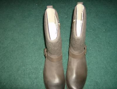 c3e1f3ecbf7 UGG (ROBBIE) WATERPROOF leather boots with zipper and leather buckle sz 10  Women