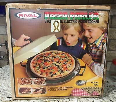 """Vtg Rival Pizza Parlor Stoneware Electric Pizza 12"""" Cooker  4012 ~ Never Used"""