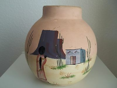 Hecho en Mexico pink handpainted pottery round vase pueblo howling coyote