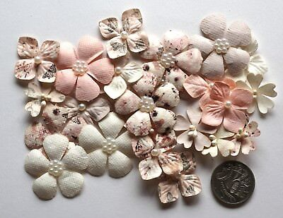 SCRAPBOOKING NO 083 - 22 PAPER FLOWERS EMBELLISHED WITH PEARLS or STAMENS