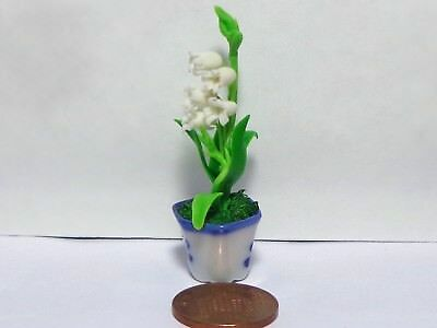 1:12 White Bell Lily Flower In A Pot Dolls House Miniature Flowers Accessory