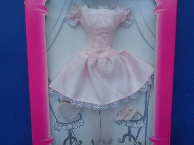 Barbie Doll Genuine Fashion Avenue Outfit Pale Pink Party Dress Clothes