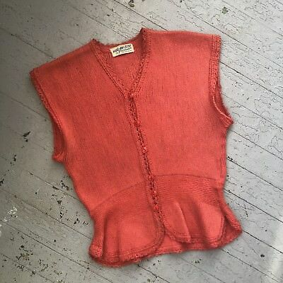 Vintage 1940's Knit Coral Short Sleeved Sweater Top