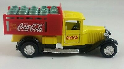 #D6# Rare Vintage Coca Cola International 30s Diecast Metal Truck, Doors open