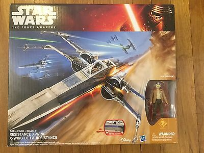 Star Wars The Force Awakens Resistance X-Wing with Poe Dameron Figure