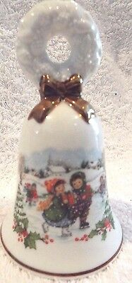 Vintage Avon 1986 Christmas Porcelain Bell With Gold Bow & Trim Fine Collectible